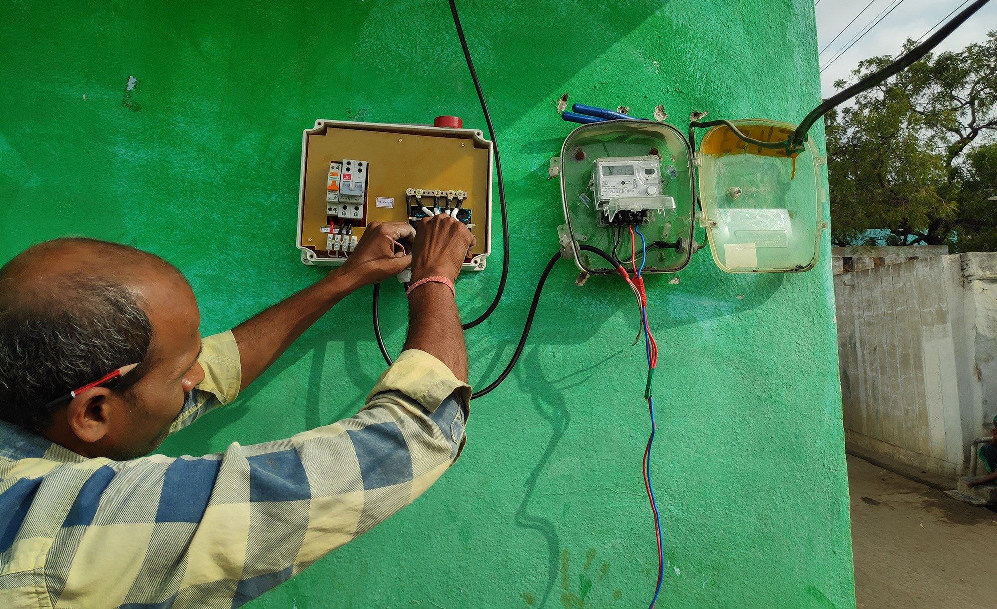 Improving access to reliable electricity in villages in rural Andhra Pradesh